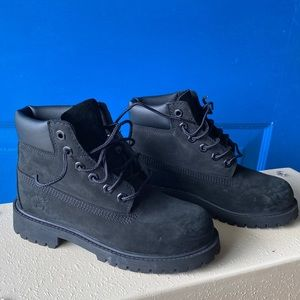 EUC Authentic Timberland High Top Black Boots